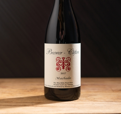 2017 Brewer-Clifton Machado Pinot Noir Label Shot